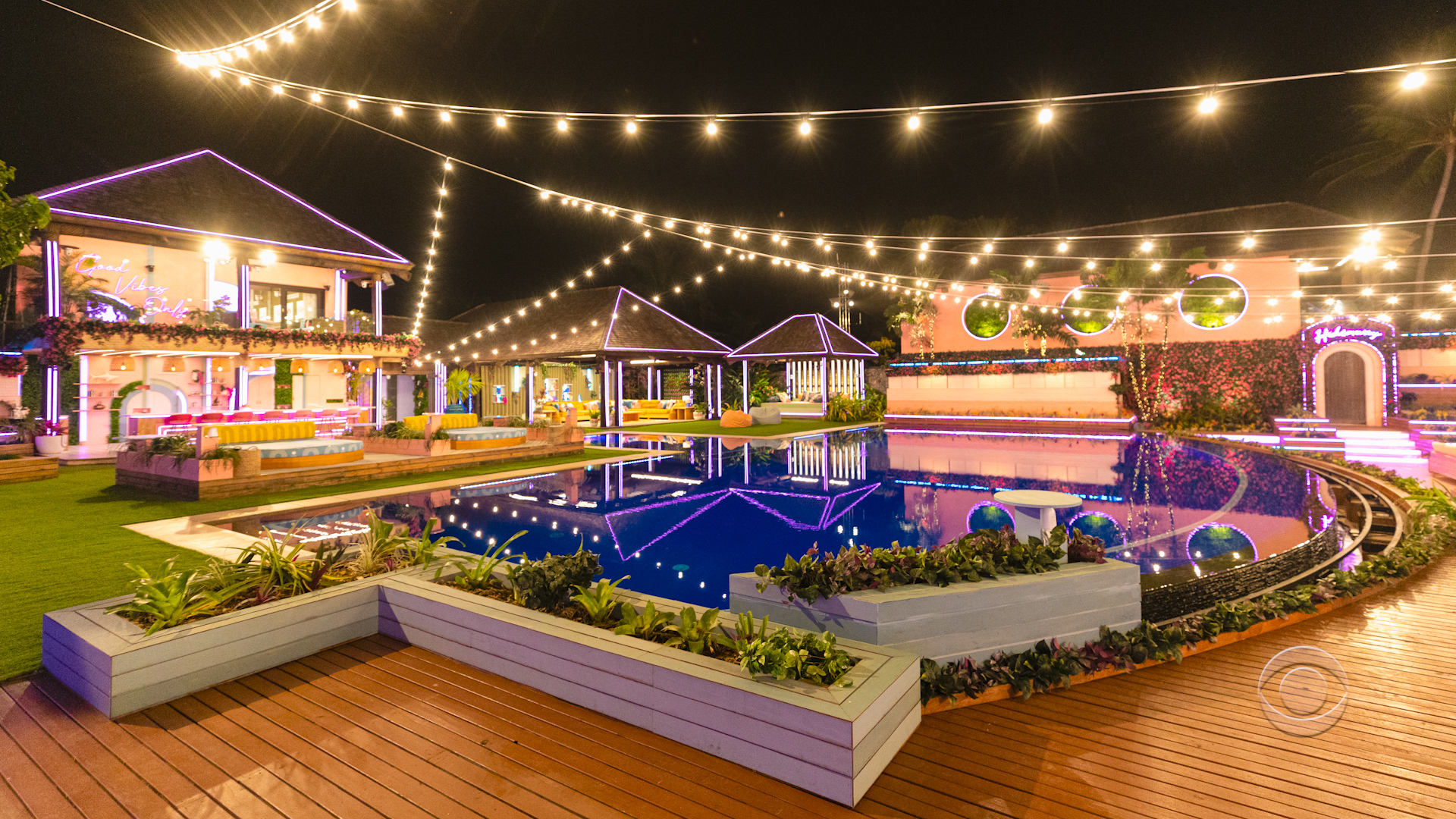 Love Island USA 4 - Outdoor area nighttime